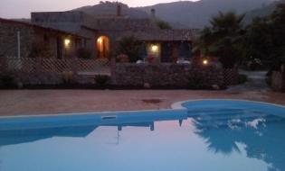 5 Notti in Casa Vacanze a Calatabiano